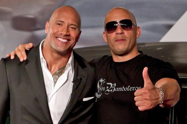 The-Rock-va-Vin-Diesel-bat-hoa